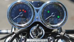 Triumph Bonneville T120 2016, strumentazione