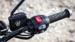 Triumph Bonneville T120 e T120 Black - Immagine: 46
