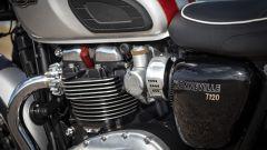 Triumph Bonneville T120 e T120 Black - Immagine: 53