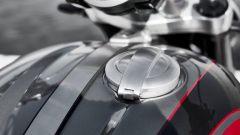 Triumph Rocket 3 GT e R 2019: il tappo del serbatoio in alluminio