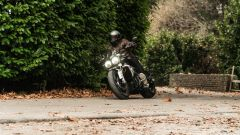 Triumph Rocket III GT: la prova video della power cruiser inglese - Immagine: 8