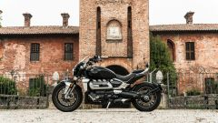 Triumph Rocket III GT: la prova video della power cruiser inglese - Immagine: 42