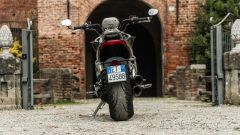 Triumph Rocket III GT: la prova video della power cruiser inglese - Immagine: 46