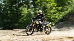 Triumph Scrambler 1.200 XE movimento