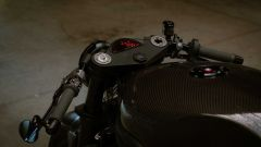 La Triumph Speed Triple diventa una café racer in carbonio - Immagine: 11