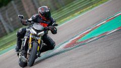 Triumph Speed Triple 1200 RS 2021 in azione