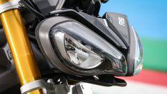 Triumph Speed Triple 1200 RS 2021 in nuovo faro anteriore