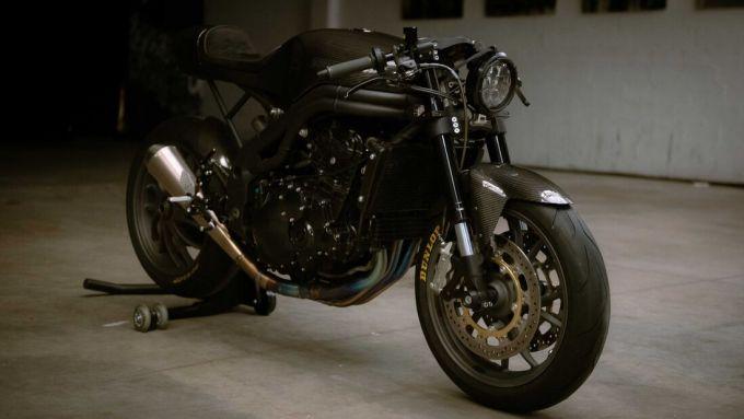 Triumph Speed Triple: la moto del 2009 è diventata una toto carbon