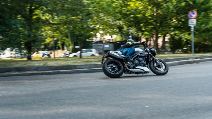 Triumph Speed Triple RS in azione