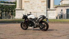 Triumph Speed Triple RS 2019: in sella alla regina delle hooligan - Immagine: 5