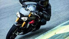 Triumph Speed Triple S e Speed triple R 2016 - Immagine: 3
