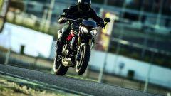 Triumph Speed Triple S e Speed triple R 2016 - Immagine: 4