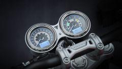 Triumph Speed Twin 2021, performance rétro. La prova video - Immagine: 18