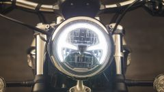 Triumph Speedmaster: dettaglio delle luci diurne a LED