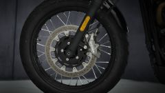 Triumph Street Scrambler: dettaglio della ruota anteriore
