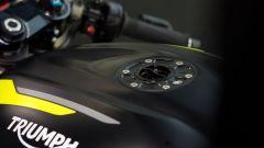 La Triumph Street Triple 765 RS fa il suo esordio nelle corse - Immagine: 4
