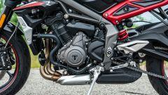Triumph Street Triple R 2020: il motore Euro 5 non ha perso brio