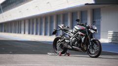 Triumph Street Triple RS 2020: pit stop ai box