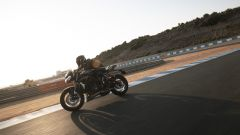 Triumph Street Triple RS 2020: una foto dinamica in pista