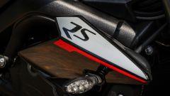 Triumph Street Triple RS: dettaglio del fianchetto
