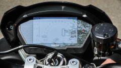 Triumph Street Triple RS: dettaglio del quadro strumenti