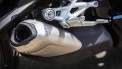 Triumph Street Triple RS: dettaglio dello scarico