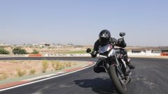 Triumph Street Triple RS: il frontale della naked inglese