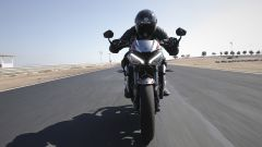 Triumph Street Triple RS: il frontale in pista