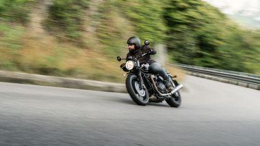 Triumph Street Twin 2021: il cool factor è...