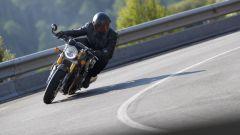 Triumph Thruxton RS: in azione