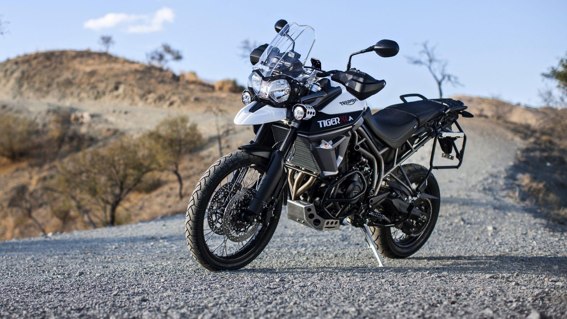 e4be8fb47 Novità moto  Triumph Tiger 800 XCA - MotorBox