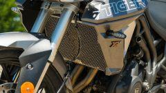 Triumph Tiger 800 XRT, dettaglio del fianchetto