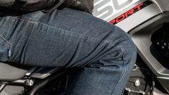 Triumph Tiger 850 Sport 2021, Jeans Ixon Mike