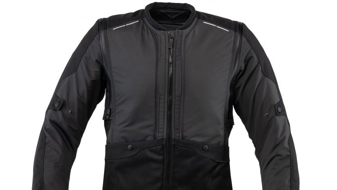 Tucano Urbano AIRSCUD: il nuovo airbag moto è gilet o giacca