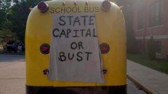 Supercar? No, metto il V8 Hellcat nello scuolabus dei Simpson - Immagine: 7
