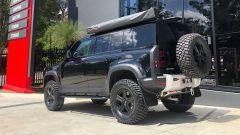 Tuning Nuova Land Rover Defender by Newdefendermods: l'assetto è rialzato di 2 pollici