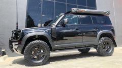 Tuning Nuova Land Rover Defender by Newdefendermods: le protezioni sui passaruota