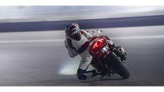 TVS Apache: sportiva su base BMW per l'India, e in Europa? - Immagine: 4