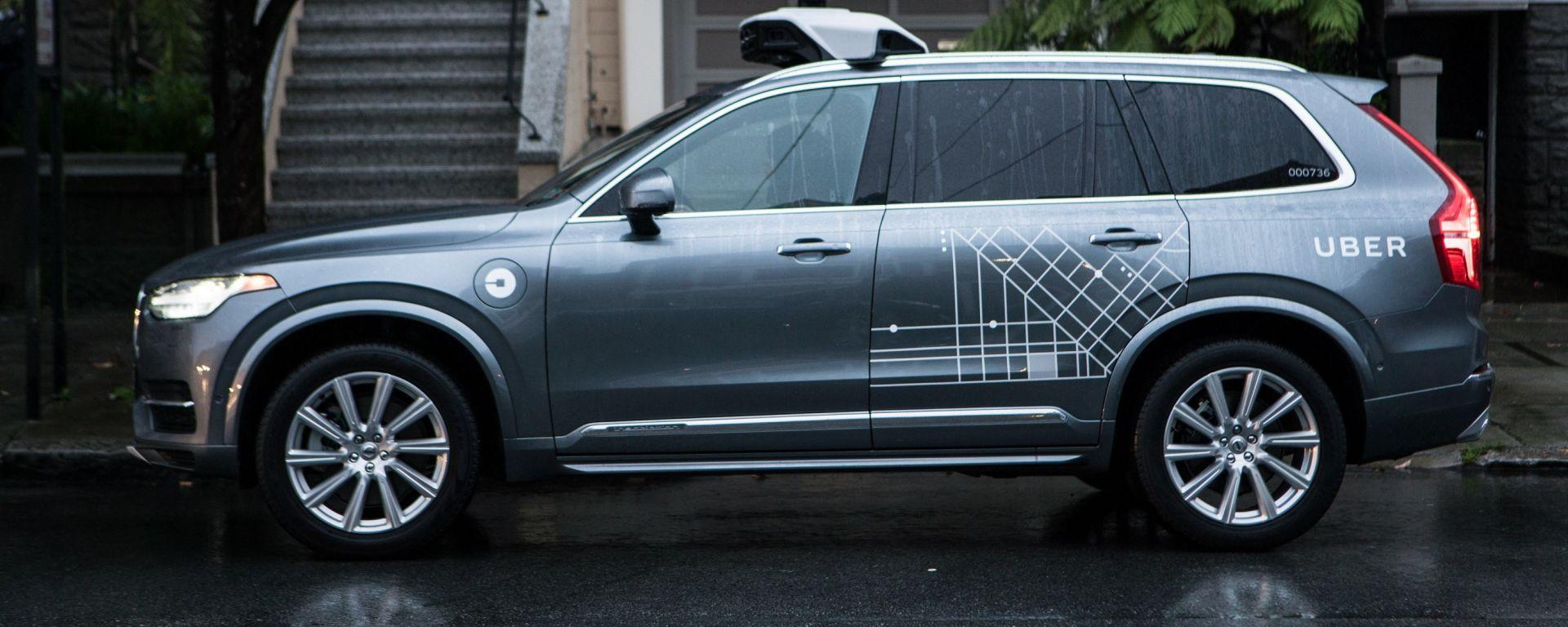 Uber: ferme le auto robot a San Francisco. Il programma verrà trasferito