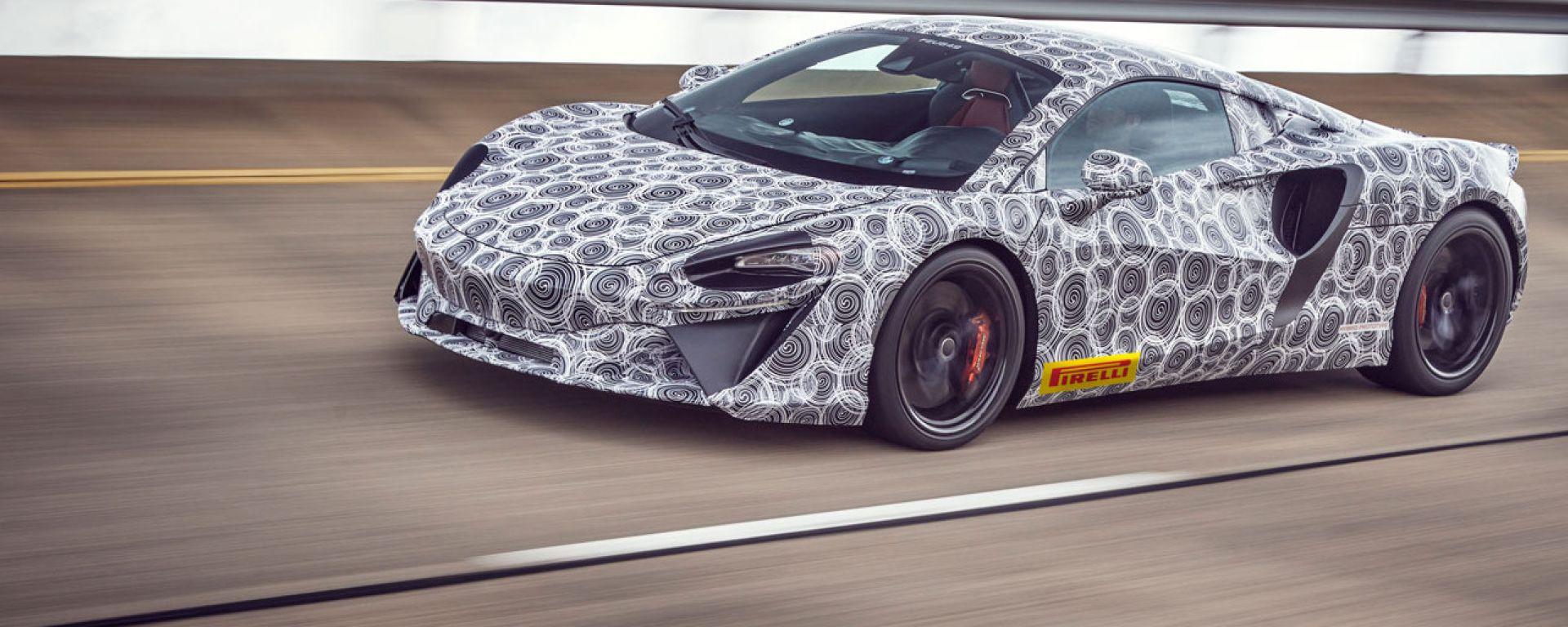 Ultimi test per la nuova McLaren ibrida