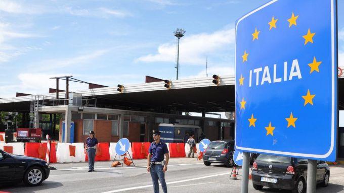 Ultimo weekend di maggio: viaggio all'estero ancora proibiti
