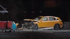 Un Crash Test come mostrato nella buffa serie di video YouTube Crash Tales