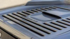 Un dettaglio della Ferrari F355 Spider di Shaquille O'Neal