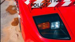 Un dettaglio della Ferrari F40 bruciata a Monaco
