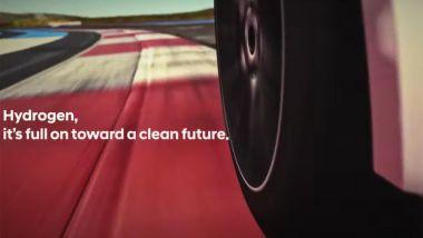 Un fotogramma del teaser di Hyundai