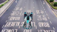 Una Batmobile? No! E' la nuova Formula E 2019 - Immagine: 3