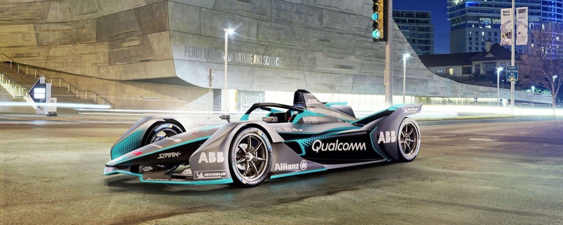 Una Batmobile? No! E' la nuova Formula E 2019