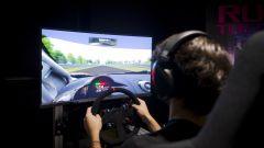 Una delle quattro postazioni Gran Turismo, dedicate ai videogiocatori