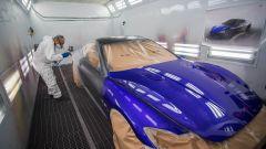 Una fase della verniciatura della Maserati GranTurismo Zéda