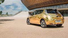 Una Nissan Leaf dorata per gli atleti inglesi che vinceranno l'oro ai Giochi di Rio 2016